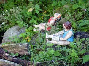 Badefiguren Damen am Gartenteich Gartenkeramik