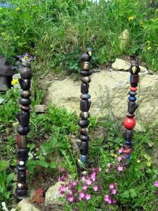 Rabe Eule Gartenstab Gartenkeramik Handarbeit Keramik Unikat