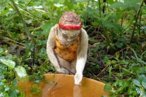 Keramik Unikat Gartenkeramik Figur Badedame